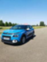 Voitures sur lesquelles les élèves seront formés au permis de conduire auto.