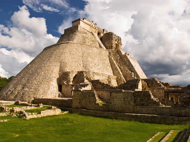 Pyramids Meditation