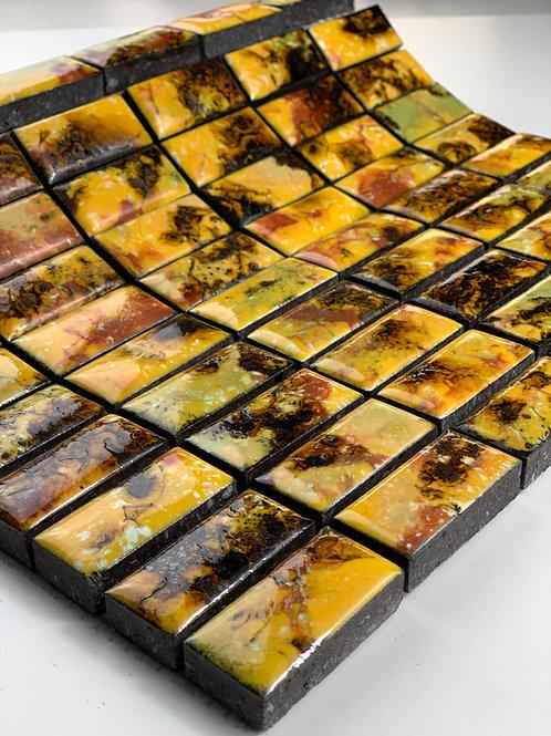 LAVASTONE 2,3x4,8 Mosaico Galassia Giallo