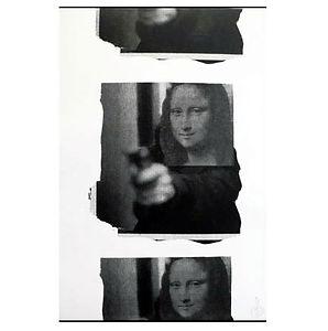 Mona Shot 3Up B/W