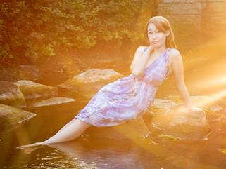 Ellie: Flower Garden Senior Portraits