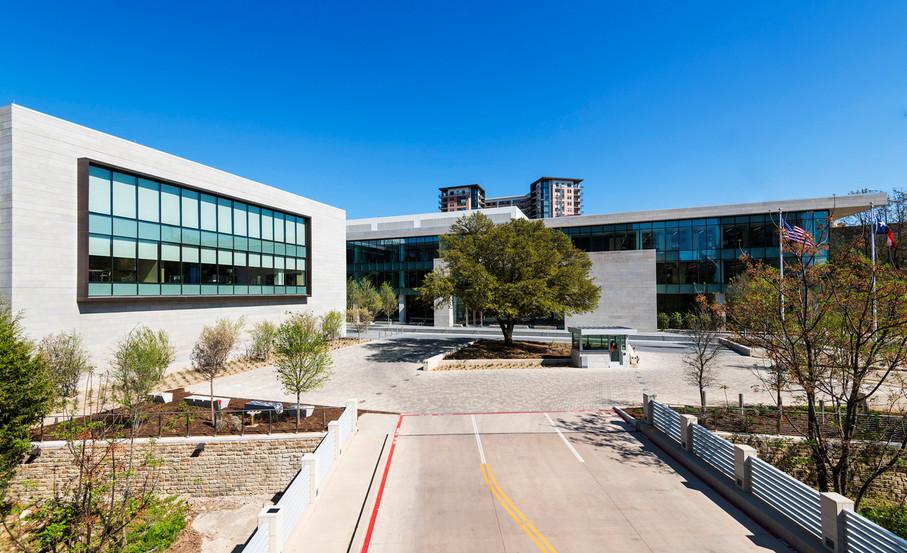 Turtle Creek Offices-001.jpg