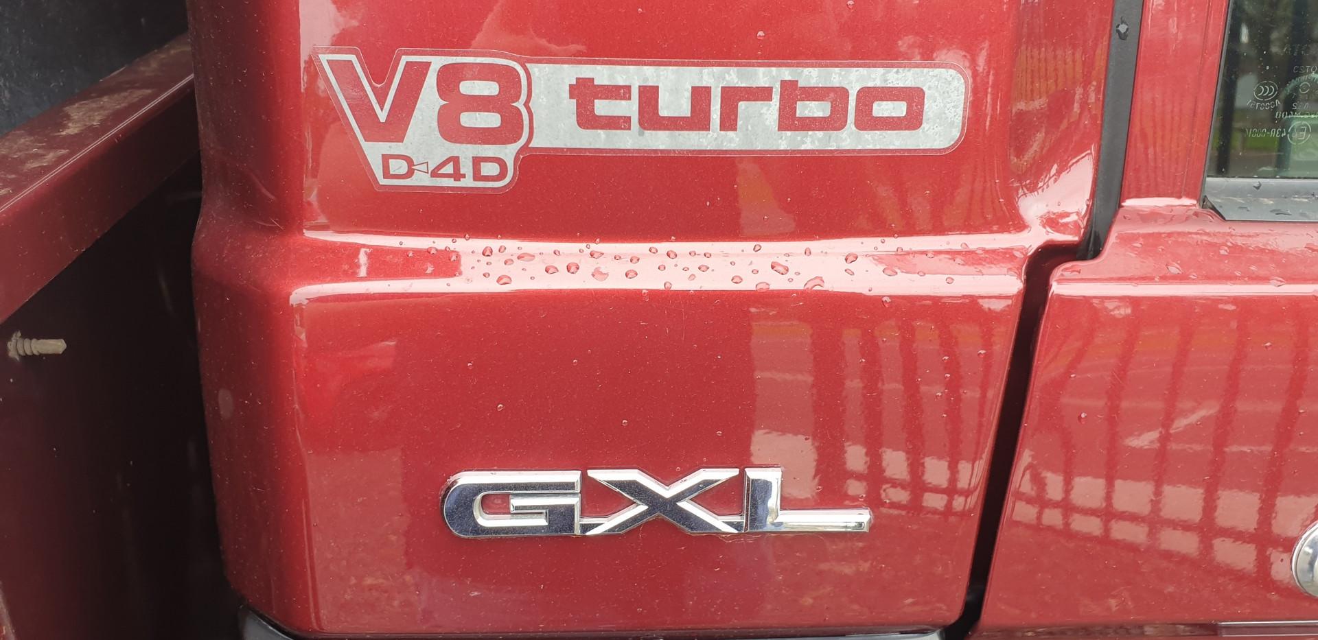 Landcruiser GXL (13).jpg