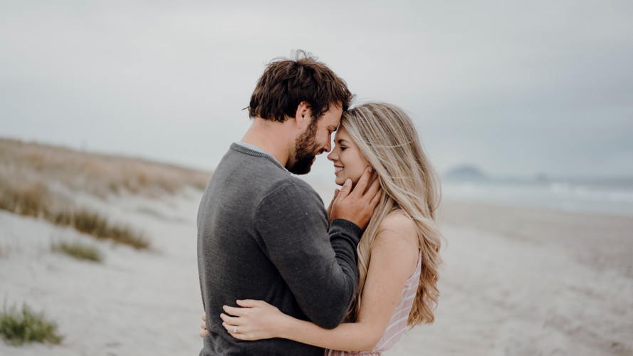 Papamoa Beach Engagement Shoot