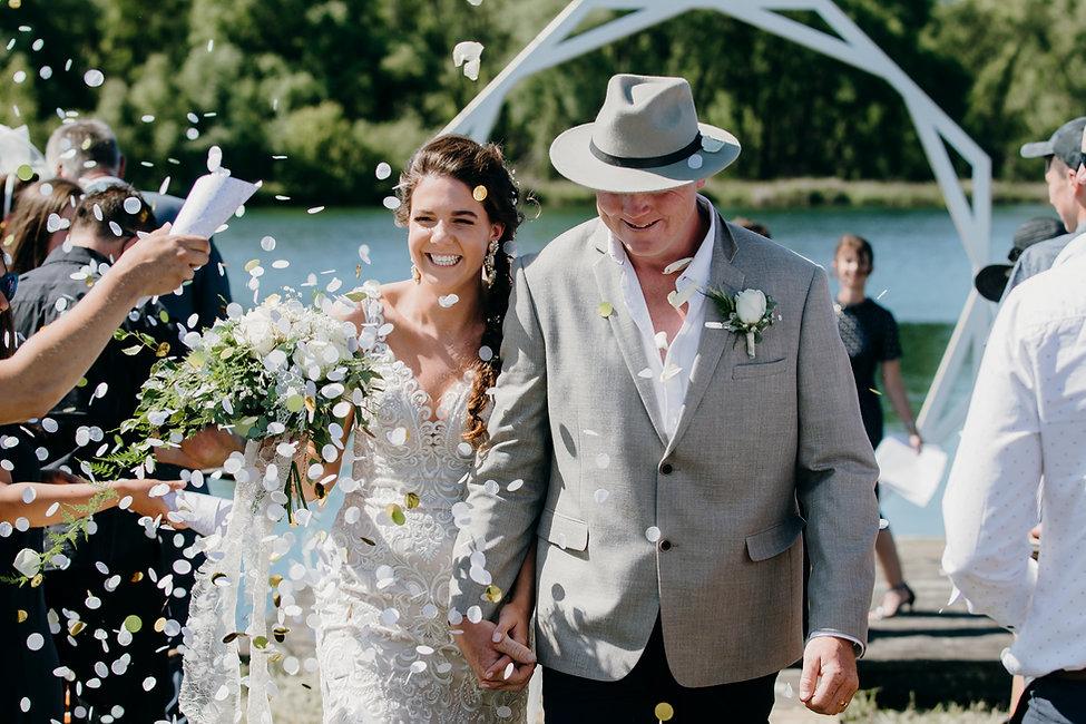 Backpaddocks Lake Wedding | Haley Adele Photograph