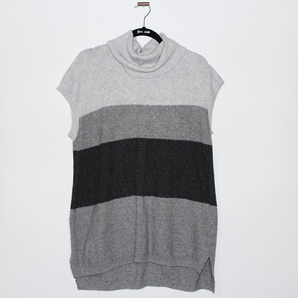 Croft & Barrow Grey Sleeveless Sweater Size Large