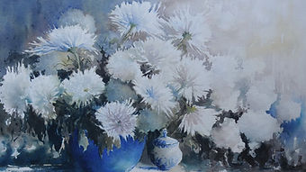 White Chrysanthemums Signature Antoinett