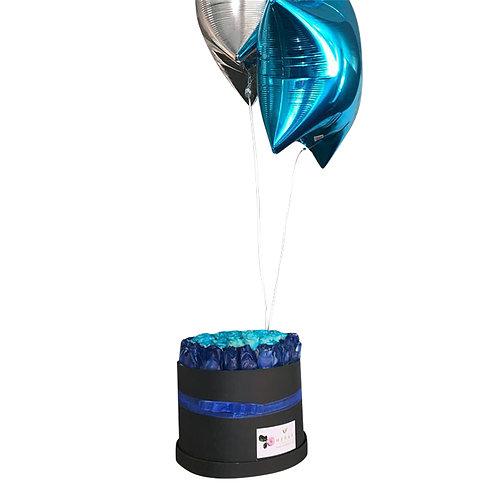 Caja azul  con globos