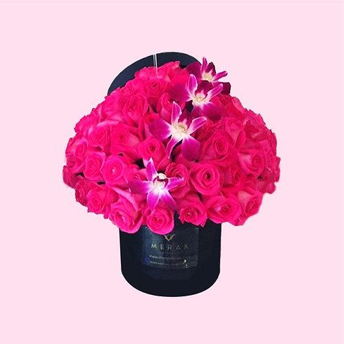 Caja de 90 rosas y orquídeas