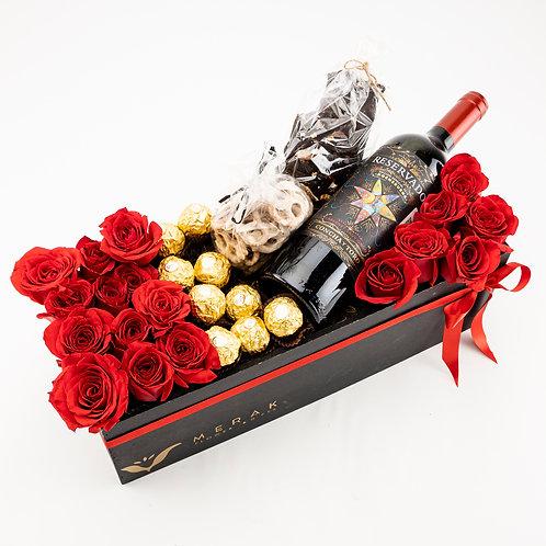 Caja de flores y chocolates