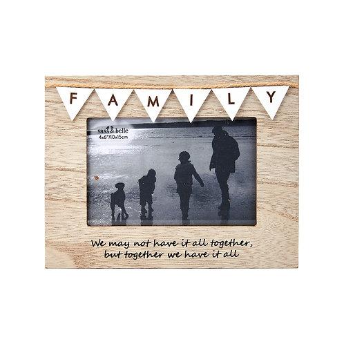 Shabby Sheek Bunting frame - family