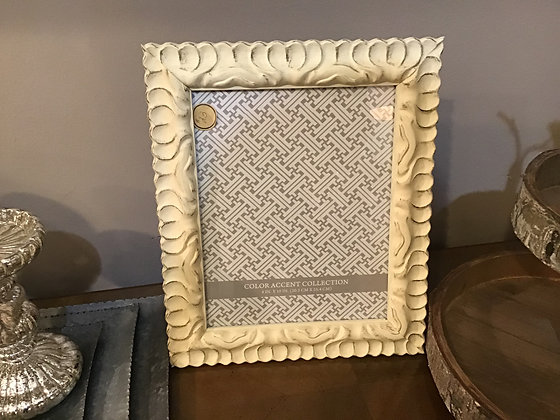 Distressed Ivory Frame - 8x10