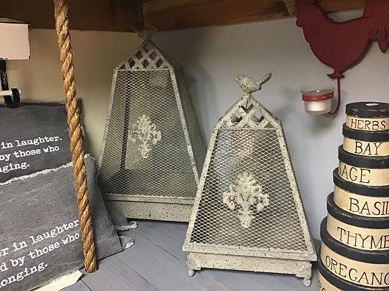 Bird - Mesh Dome Pyramid