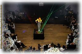 Angie violinist artiste lumineux led laser violin events violoniste electro évènementiel et soirées privées light artist fashion show angie sexy violinist paris france