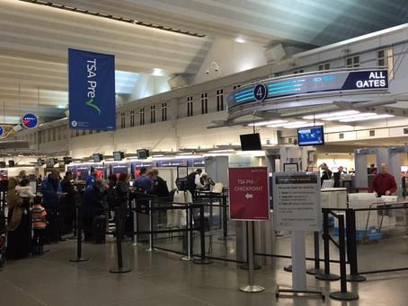 过境明尼那不勒斯机场