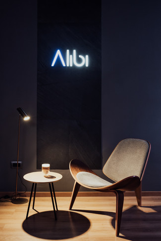 """Alibi"" Showroom"