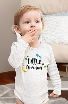 mockup-of-a-baby-boy-wearing-a-heathered