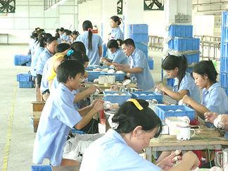 野球ボール工場 中国工場製造過程 縫い合わせ