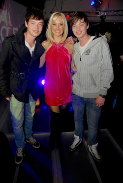 Actress Vanessa Haywood Hendrik with duo Locnville