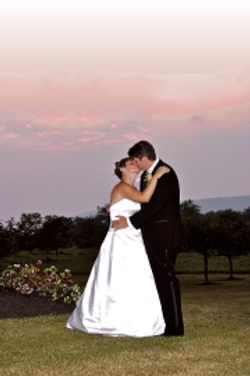 Married couple at Earlystown Manor