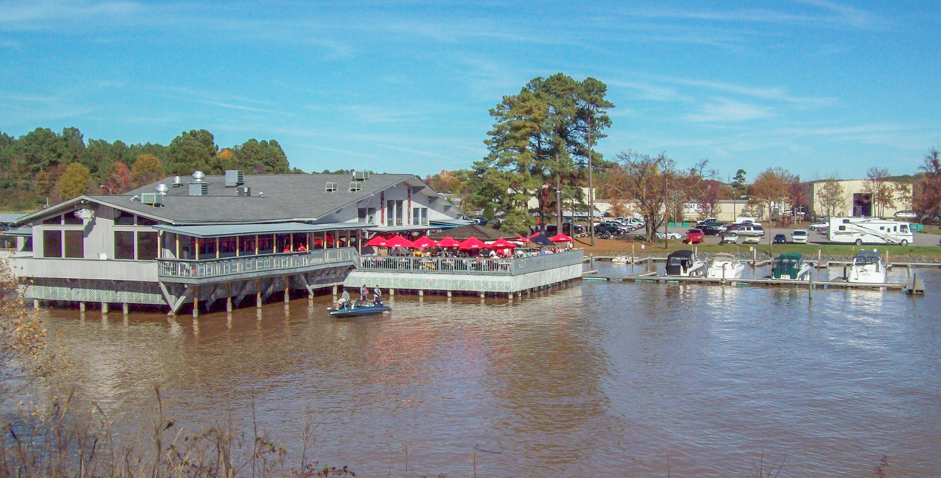 restaurant on the water.jpg