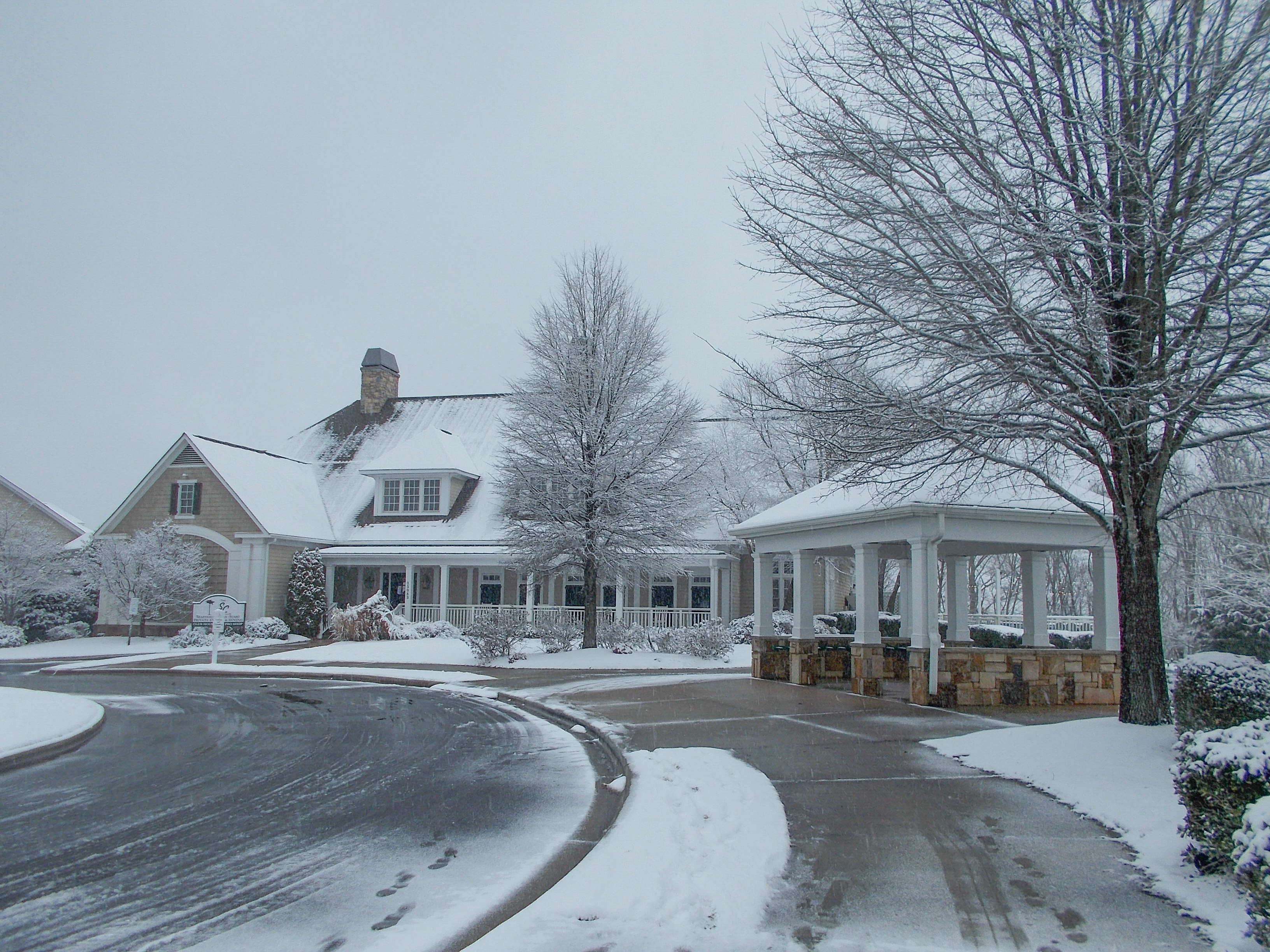 clubhouse in snow 1.jpg