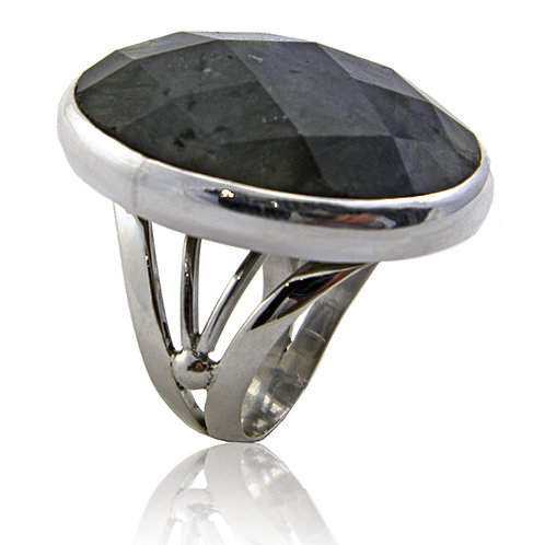 Sterling Silver Ring with Faceted Labradorite