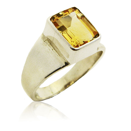 Stelring Silver Ring with Citrine