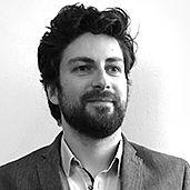 Portrait Xavier B. - Designer - Yellow Window