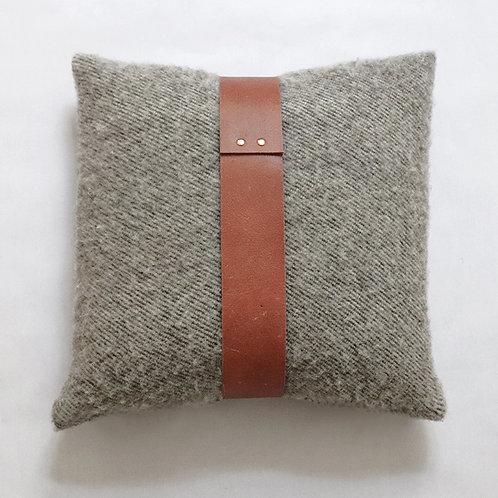 ADRIEN Grey coussin / cushion