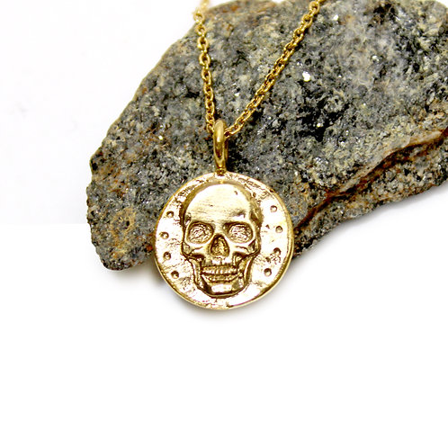 Gold Skull pendant necklace -  gold crown