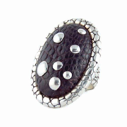 Signature Statement Alligator Ring with Detailing, R-101