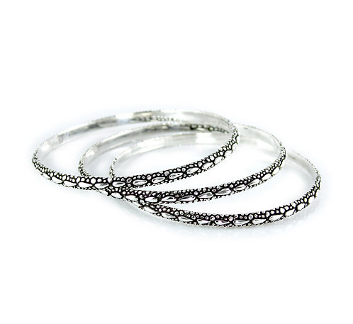 Silver Bangle with Alligator Texture