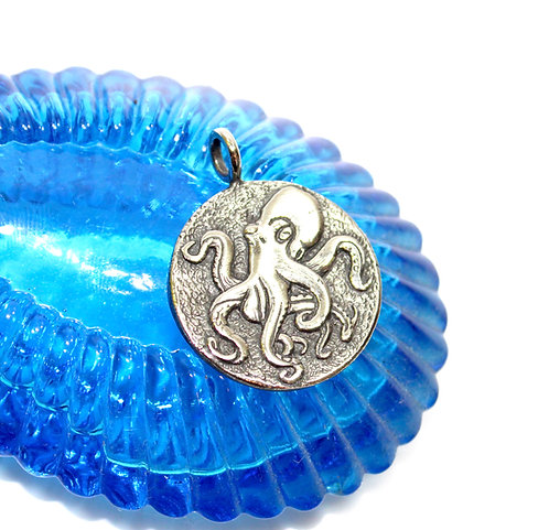 Octopus Pendant, Kraken, Ship Wheel, Sea Creature, Large Pirate Coin