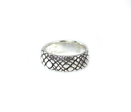 Silver Reptile Texture Ring Band