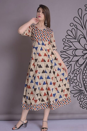 Beauteous Cotton Printed Short Kurti