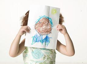 Flicka med Drawing
