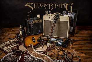SILVERTUNG REVEALS A MORE INTIMATE SIDE ON NEW ACOUSTIC EP; LIGHTEN UP TO FEATURE STRIPPED DOWN VERS