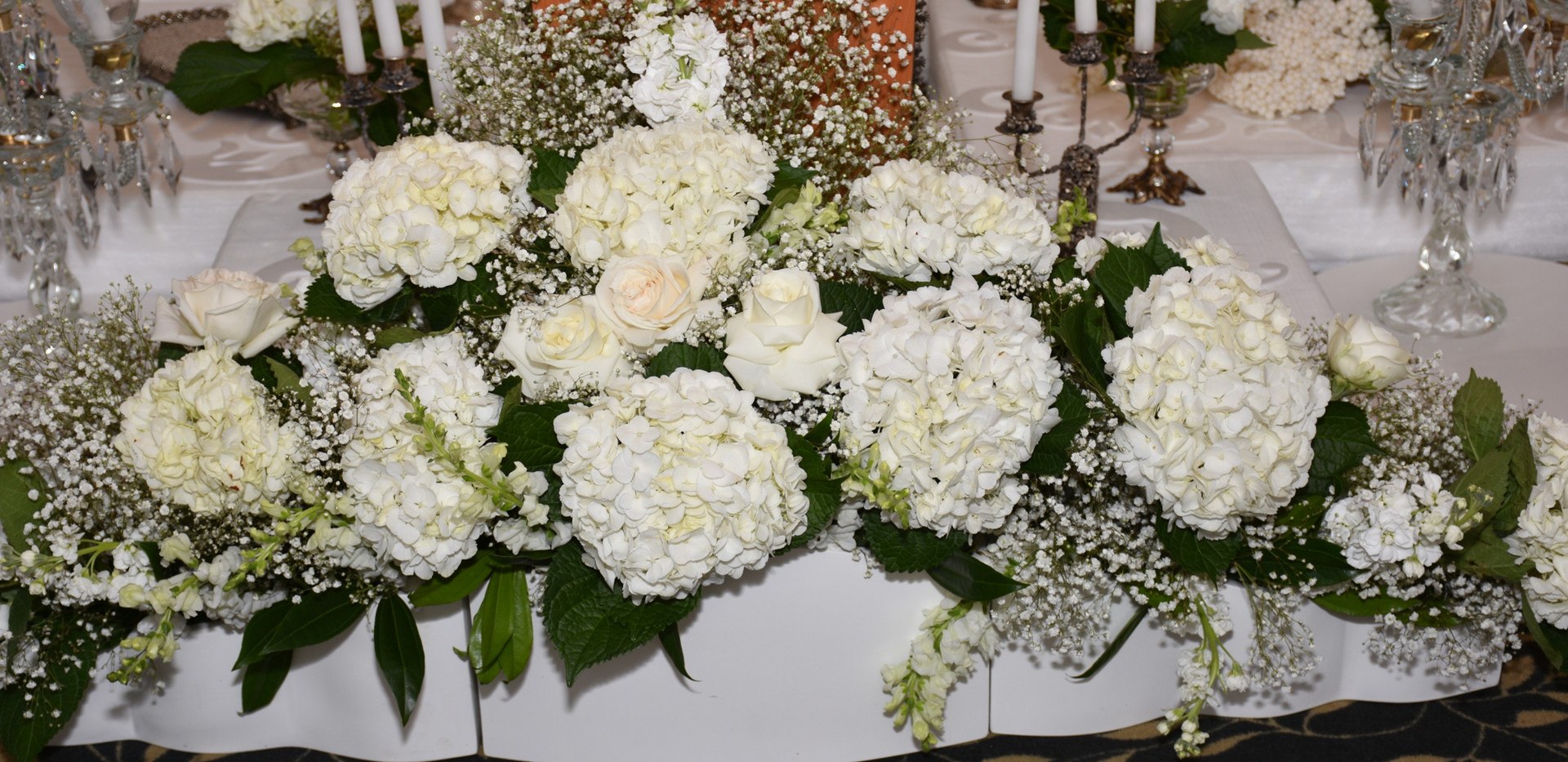 Sofreh Aghd Flower displays.jpg