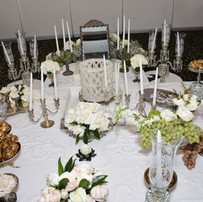 White and Silver romantic Sofreh Aghd setup