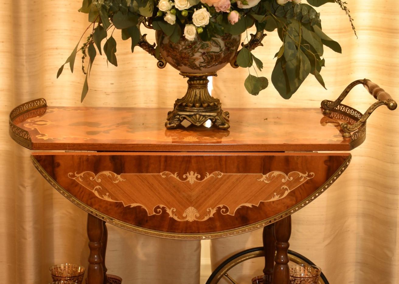 Elegant gold with soft color flower arrangements