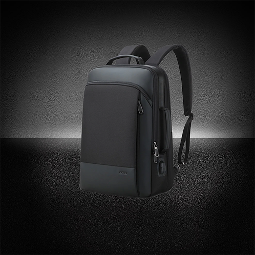 A1 Tech™ Weekend | Expandable Travel Backpack
