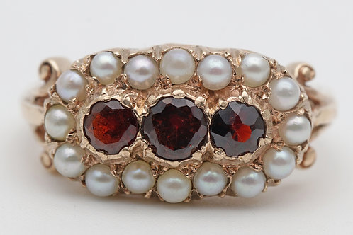 Vintage garnet and pearl gold ring