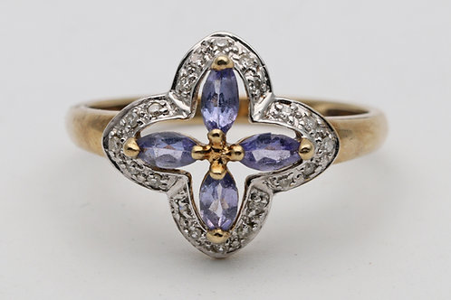 Vintage tanzanite gold ring