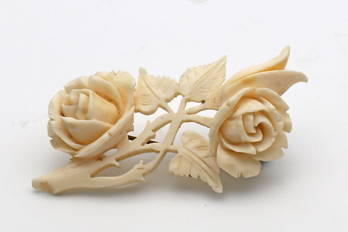 Ivory brooch of roses