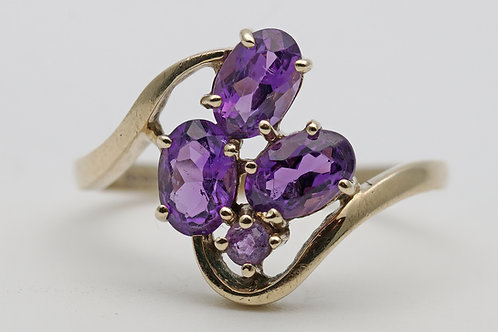 Vintage gold and amethyst dress ring