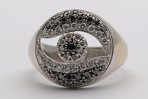 Diamond and black gem gold ring