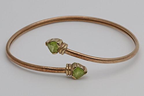 9ct gold bangle with peridots