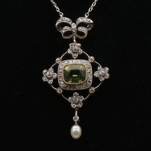 Belle Epoque platinum and gold pendant