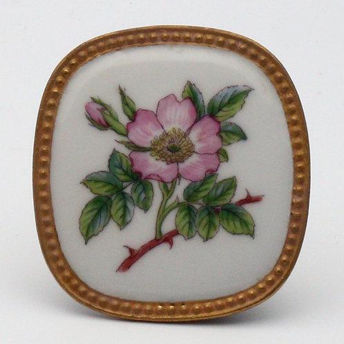 Royal Copenhagen Flora Danica pendant
